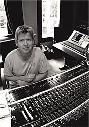 Steve Lillywhite in studio di registrazione